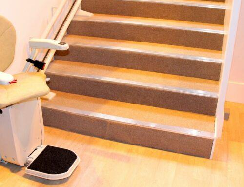 Hilfe ich brauche einen Treppenlift – Was muss bei der Anschaffung beachtet werden?